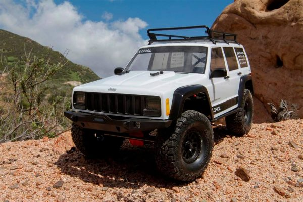 Jeep® Cherokee 2000 SCX10 II™ 1/10th Scale Electric 4WD Kit